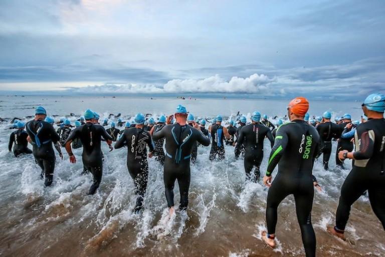 """Triatlhon: """"Approccio multidisciplinare in equipe con trattamenti massoterapici e valutazioni metaboliche dell'atleta, dalla preparazione alla gara. Prima parte"""